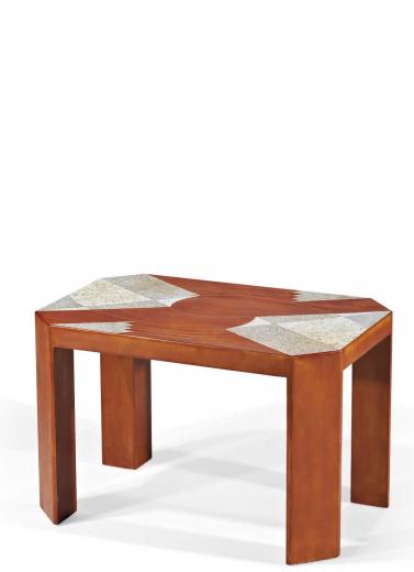 Auction by Christie's Paris, France du 21/11/2012 - Table basse en laque. 1924. (lot n°58)