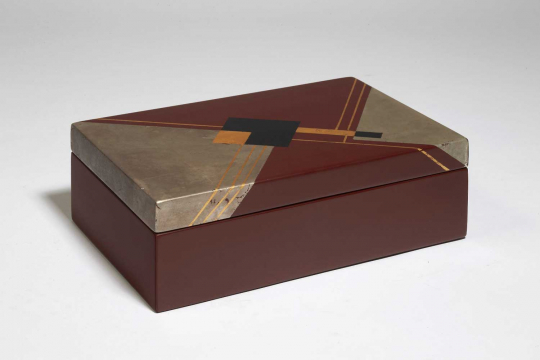 Gaston SUISSE (1896-1988) - Coffret en laque, vers 1928.
